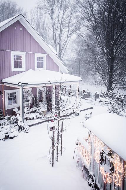 Das Rosa Haus im Schnee