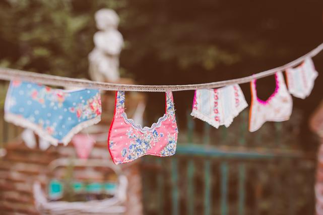 Ich habe auch so Unterwäsche Buntings gemacht, das finde ich witzig, wie so ne Wäscheleine