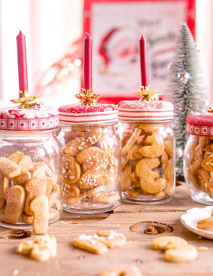 Wichtige Regel im Rosa Haus: Das Glas darf frühestens am jeweiligen Advent geöffnet werden