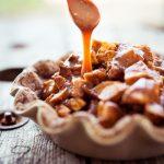 Cinnamon Roll Appeltaart mit Karamell