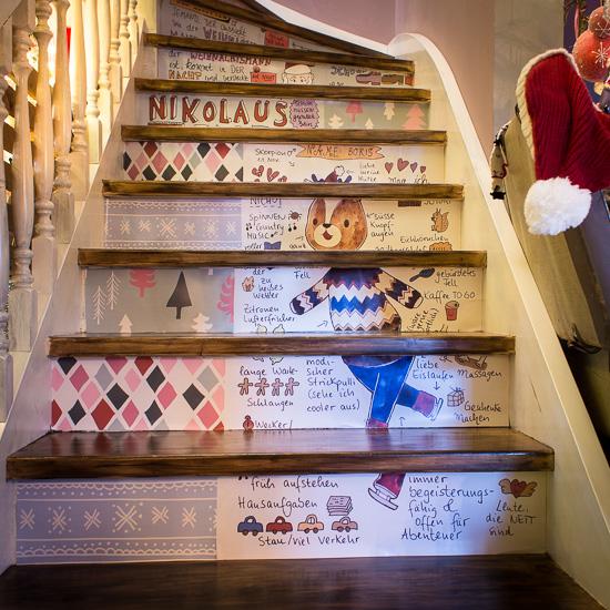 der 'zerschnittene' Boris als Dekoration meiner Treppenstufen