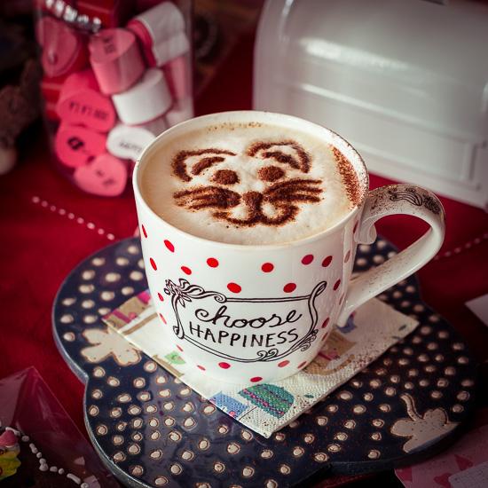 Mit nem lustigen Katzengesicht schmeckt der Kaffee immer besser