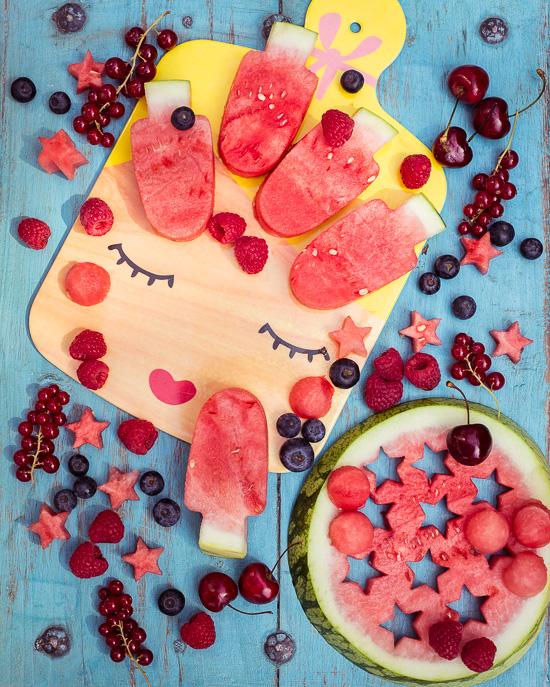 mit Wassermelonen in Eisform ausgestochen