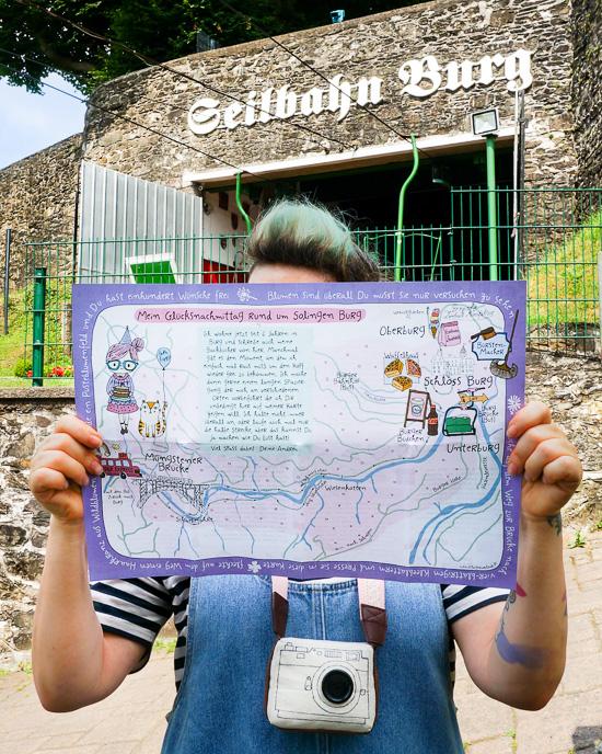 """Meine Wanderkarte """"Glücksnachmittag rund um Solingen Burg"""" im Einsatz :-)"""