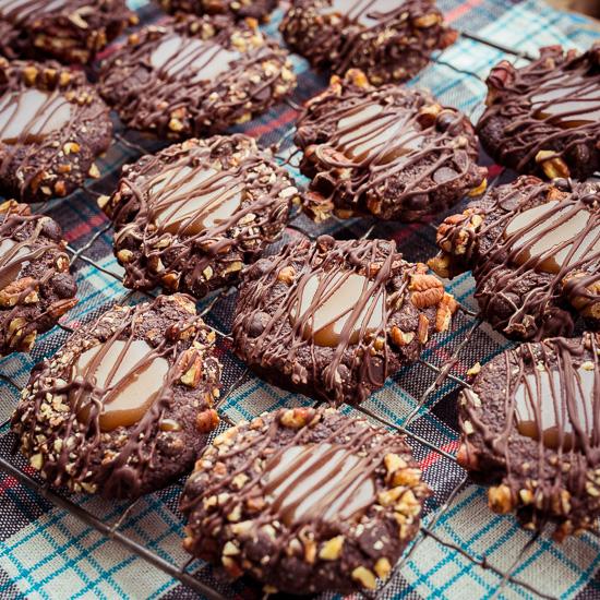 Ich nenne die einfach Triple Chocolate Caramel Cookies
