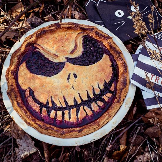 Mein Blueberry Halloween Pie. Das Rezept findest Du in meinem Buch Rosa Haus School of Baking