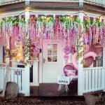 Rosa Haus Eingang